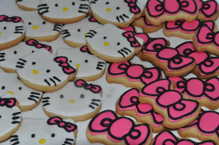 Hello Kitty and Pink Bow Cookies