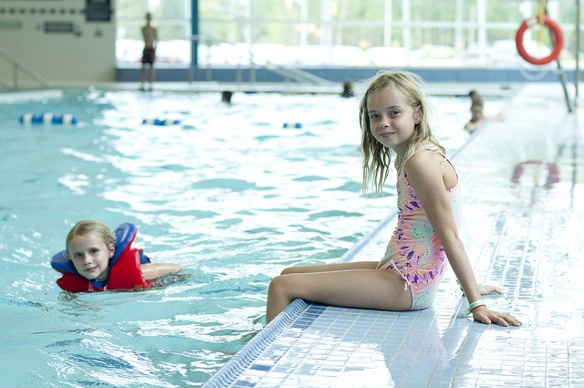 Learn to swim at summer camp and register at the Wasaga Beach YMCA!
