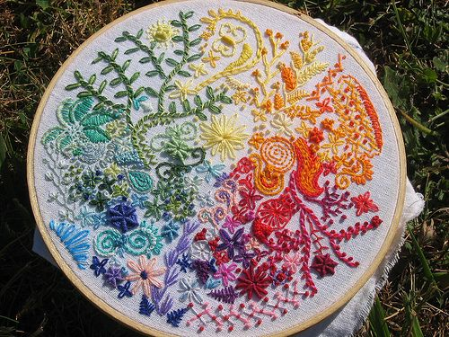 Free hand embroidery love: Hand Embroidery, Idea, Needlework, Colors, Art, Cross Stitch, Rainbow, Crafts