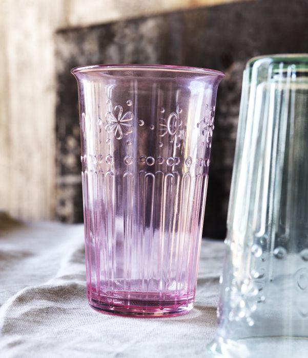 KROKETT glasses, with a sweet flower detail and pastel tint, are perfect for handing out drinks to thirsty Easter egg hunters.