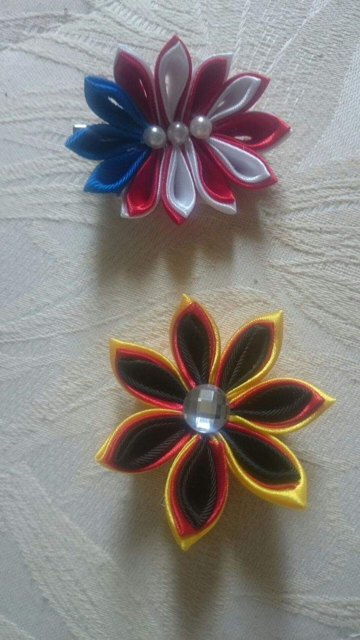 Bandiere fermacapelli kanzashi handmade
