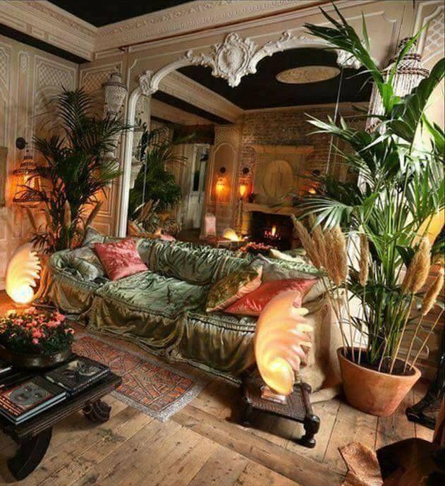 Beeindruckend! Es ist perfekt! Ich liebe alte viktorianische / gregorianische Häuser und Boho. Dies von …
