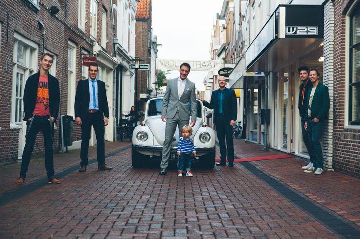 #dutchwedding #woldstraat #Meppel #friends #groom #grouppicture  Photo by Sjoerd Banga, © Banganimation