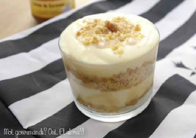Nous sommes de grands fans de caramel au beurre salé Voici la recette du Tiramisu Breton, un délice pour les papilles !! Ingrédients > Des palets bretons > Du caramel au beurre salé > Du cacao en poudre > 250 g de mascarpone > 60 g de sucre en poudre > 3 oeufs > 1 pincée de sel > 1 gousse de vanille Préparation Commencez par séparer les blancs des jaunes d'œufs (conservez les blancs d'oeufs pour après) Mélangez vos jaunes d'oeufs avec le sucre jusqu...