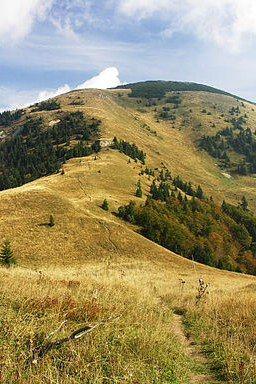 Greater Fatra (Veľká Fatra) National Park  Rakytov Mountain Official name: Národný park Veľká Fatra Country: Slovakia