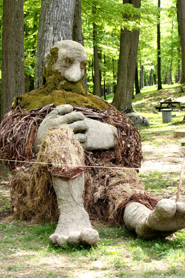 Cool sculpture for Earth Day made from natural materials - WVU