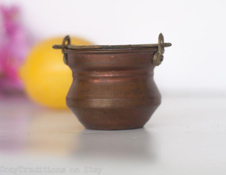 Miniature Copper Cauldron: Primitive Copper Tiny Pot / Vintage Metal  Stockpot, Mediterranean Home Decor by CozyTraditions on Etsy