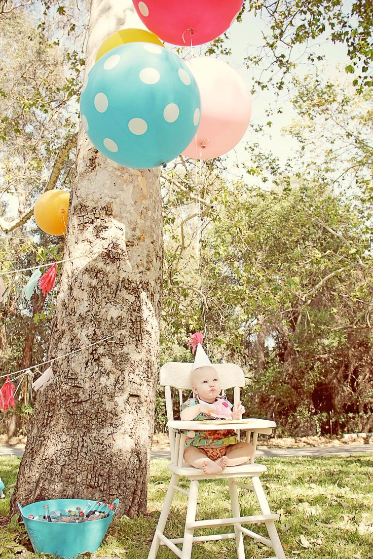 wish i had trees like this nearby!: Giant Balloons, Polka Dots, Parties, 1St Birthday, Baby, Party Ideas, Kid, Birthday Party, Birthday Ideas