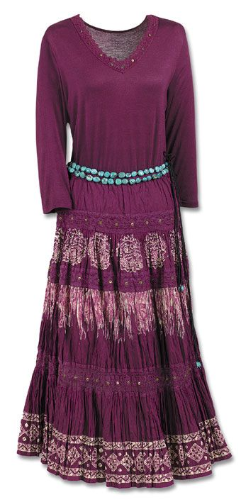Claret Broom Skirt - I know it'll make me look short, but that's fine. Love the skirt, anyway. :)