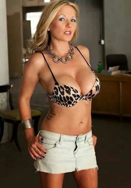 blonde hot milf