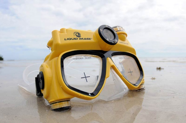 I don't even like to go underwater and I want this hi-tech goggle camera -- gadget geekWedding Gift, Image Exploration, Hitech Goggles, Image Videos, The Great Outdoor, Cameras Masks, Liquid Image, Goggles Cameras, Gadgets Geek