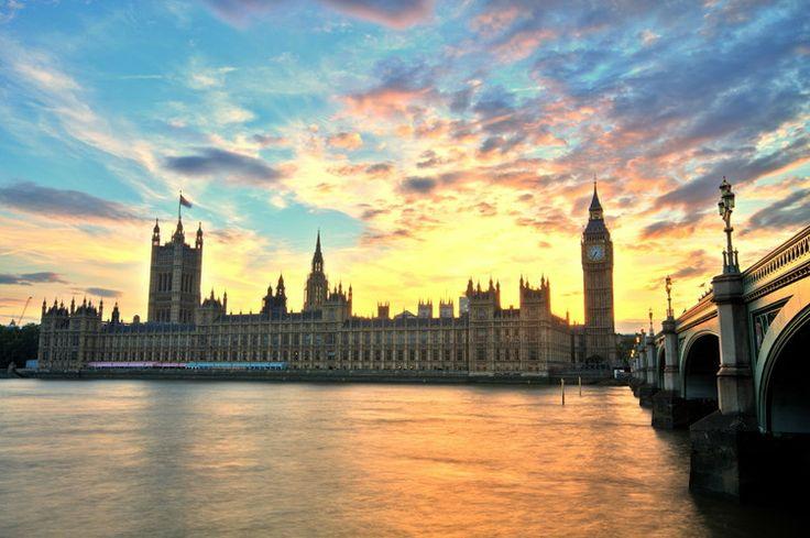 Le palais de Westminster au Royaume-Uni