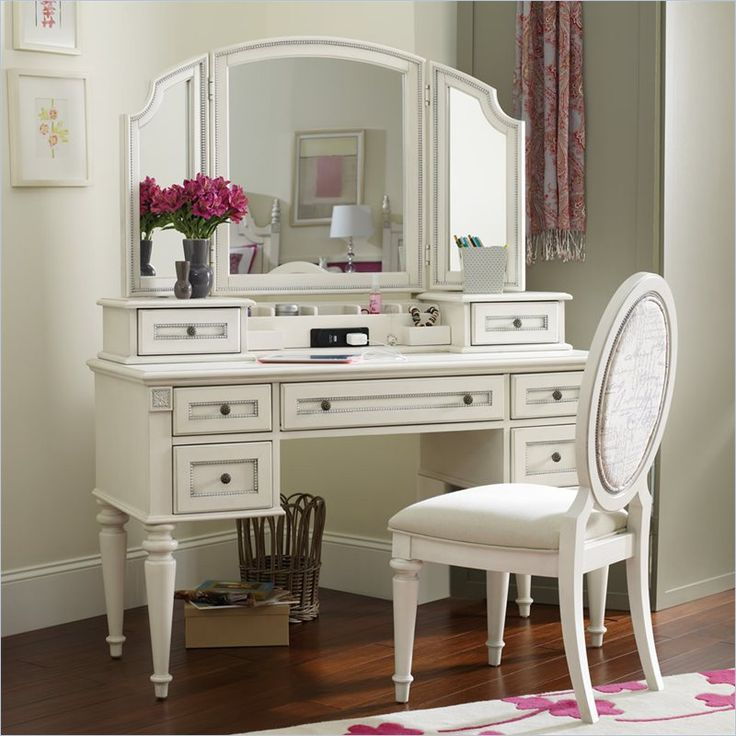 Gorgeous! White Vanity Desk With Mirror
