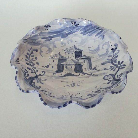 Fruttiera in ceramica, italiana, dipinta a mano, con paesaggio, maiolica in stile Antico Savona