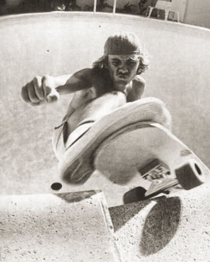 skateboarding and z boys But at the end of the inventive, kinetic, spirit-capturing documentary dogtown  and z-boys -- about the revolution of surf-style skating spawned in 1970s santa .