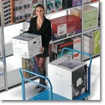 Scaffali industriali Fami Storage Systems per il magazzinaggio di merce sfusa e di pallet di varie dimensioni e pesi