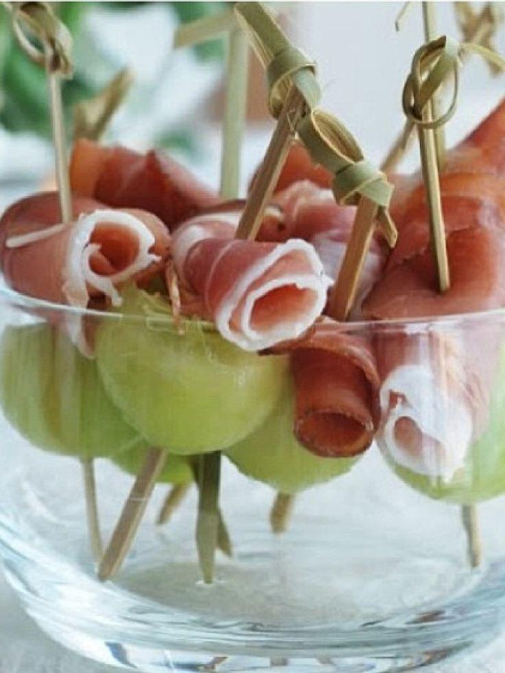 ... com presunto de parma e uva verde.