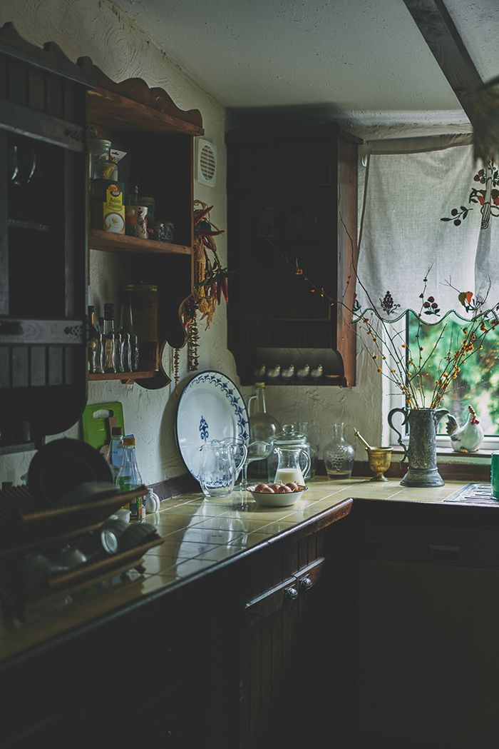 Merlin at the Kitchen // Cooklife Mag v.10 #cooklifemag #cooklife #merlinmutfakta #food #lifetsyle #kitchen #table #styling #farm - Story&Recipe: Merlin Yılmaz Photo: Doruk Yemenici