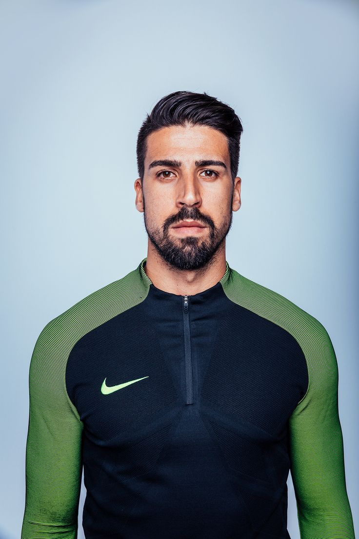 https://www.behance.net/gallery/37999645/Chilling-With-Sami-Khedira-Nike