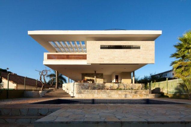 JPGN House by Macedo, Gomes