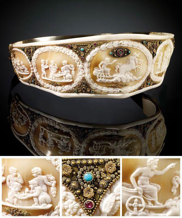 Shell cameo diadem presented by Joachim Murat to Empress Josephine, 1804-15  From the Foundation of Napoleon via Jeweller Magazine