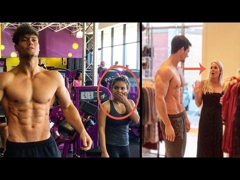 Como Reaccionan las Mujeres al ver un Hombre Musculoso   Impresionante video (miralo ya !) - VER VÍDEO -> http://quehubocolombia.com/como-reaccionan-las-mujeres-al-ver-un-hombre-musculoso-impresionante-video-miralo-ya    Suscribete a mi canal:  El nombre del canal es : Connor Murphy para busquedas Sigueme en mis redes sociales: – Instagram: @yeipalmezanotv – Fanpage en Facebook: – Grupo en facebook: Pagina web:  – Twitter: twitter.com/yeipalmezanotv