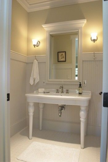 Best 25 pedestal sink bathroom ideas on pinterest - Bathroom remodel ideas with wainscoting ...