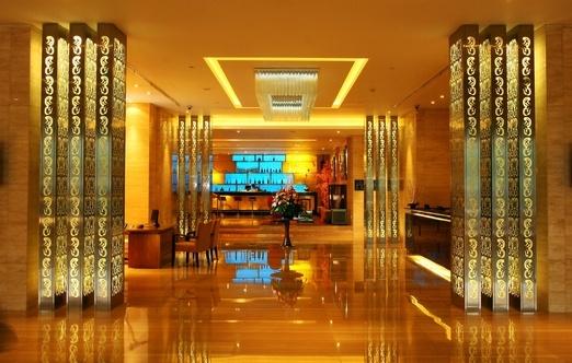 The lobby at the Arion Swiss-Belhotel Bandung. Photo courtesy of Arion Swiss-Belhotel.