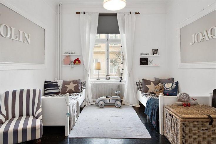Elegancki pokój dla dzieci w bieli i szarości w stylu New Hampton - Lovingit.pl