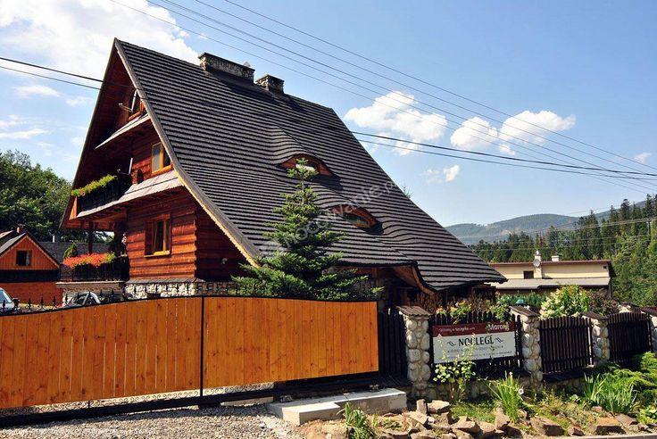 Marang to dwa niezależne domki całoroczne znajdujące się na stoku góry Skrzyczne. Więcej informacji na: http://www.nocowanie.pl/noclegi/szczyrk/domki/119449/ #nocowaniepl