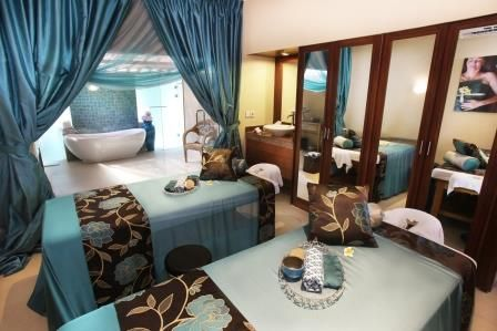 Our deluxe couple room just right for you and a friend at your Aroma Spa Retreat 7 days 7 nights