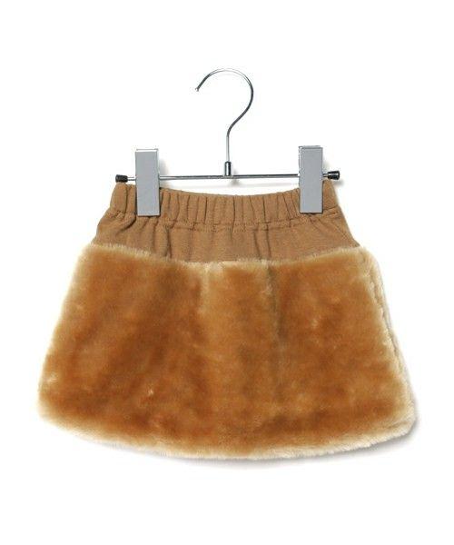 petit main(プティマイン)の「フェイクファー台形スカート(スカート)」です。このアイテム着用のコーディネートをチェックすることもできます。