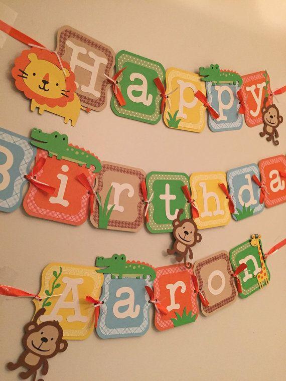 ¿Buscas el tema perfecto para fiesta de cumpleaños de su hijo? Qué tal un tema de la selva! Este banner de feliz cumpleaños es seguro para añadir carácter y diversión a cualquier parte! Esta bandera está hecha de múltiples capas de alta calidad cartulina atada con cinta. Cada pedazo de carta mide aproximadamente 5,5 de altura. La bandera incluye el nombre de su hijo hasta 8 cartas, cada carta adicional pieza costos $ 1,50/carta. Si desea ver un combo de color diferente o incluso unos pocos…