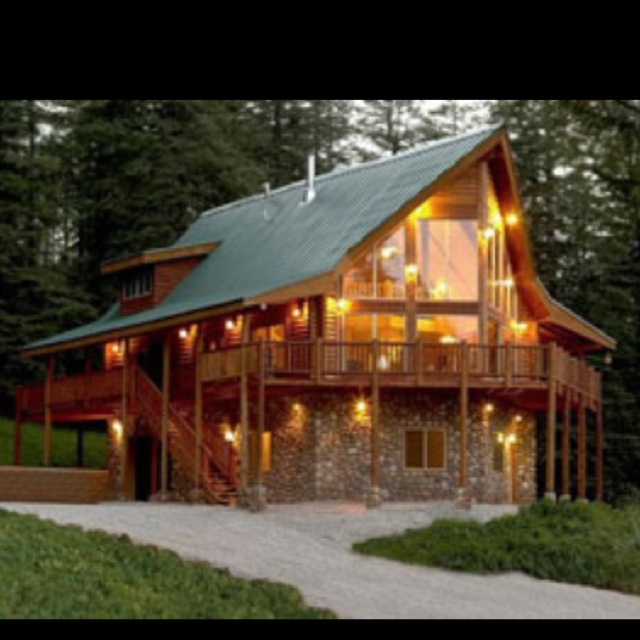 Log cabin home, who could say no!!