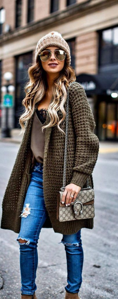 #Winter #Outfits / Duster Green Knit Sweater - Ripped Skinny Jeans