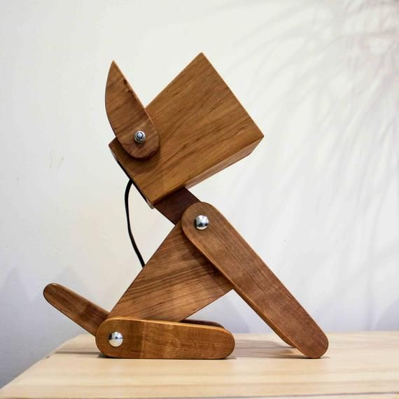 The Lamp Will Be Perfect Gift For Your Family And Children Especially It Is Valuable In The Dogs Year Thanks To The Design And Moving Paws Y Abajur De Madeira