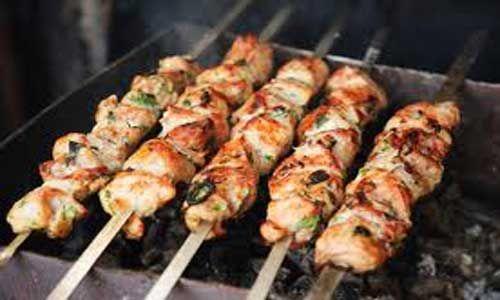 Маринад для шашлыка из курицы: 5 советов по подготовке мяса для пикника! | Звёздные сплетни
