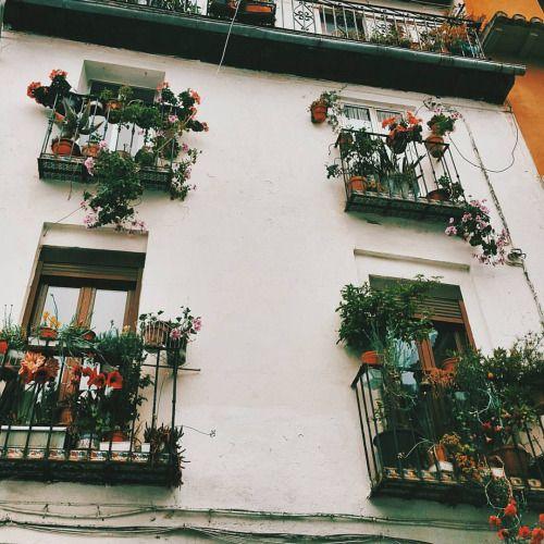 Испанские балконы-моя слабость. (в Гранада, Испания)
