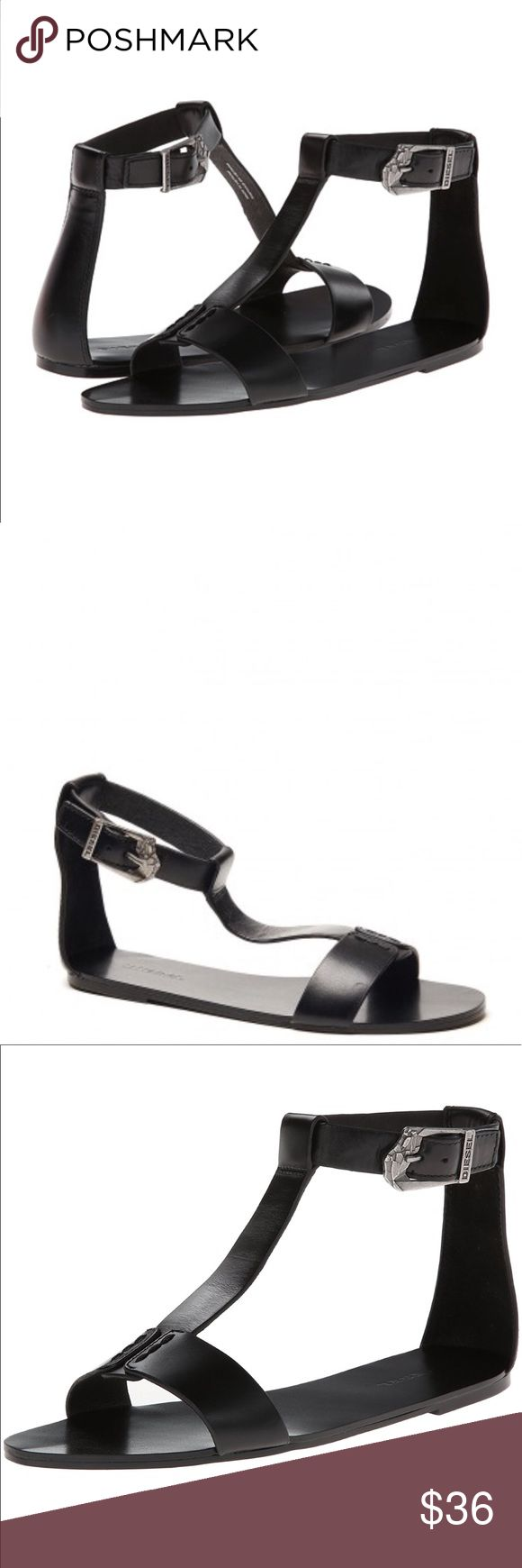 """DIESEL Walayla Kapp-Two T-Strap Sandals - 6 - New DIESEL Walayla Kapp-Two Black Leather T-Strap Sandals - Size 6 - New  Retail price $130.00 Heel Height: 1/2"""" Platform Height: 1/4"""" Closure: Buckle Diesel Shoes Sandals"""