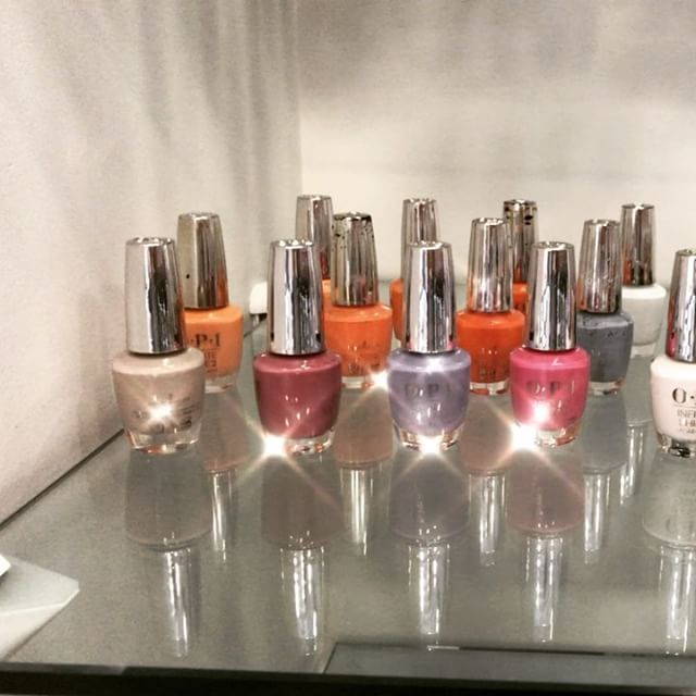 ~all the colors! Only at @thecurbar #opi #opiinfiniteshine #thebestpolishever #opigelcolor #blingbling #delsur #ranchosantafe #4sranch ##sandiegosalon #bestnailsalon #gelnails #rockstarnails #ranchosantafelocals #sandiegoconnection #sdlocals #rsflocals - posted by   https://www.instagram.com/rockstar_toes. See more post on Rancho Santa Fe at http://ranchosantafelocals.com