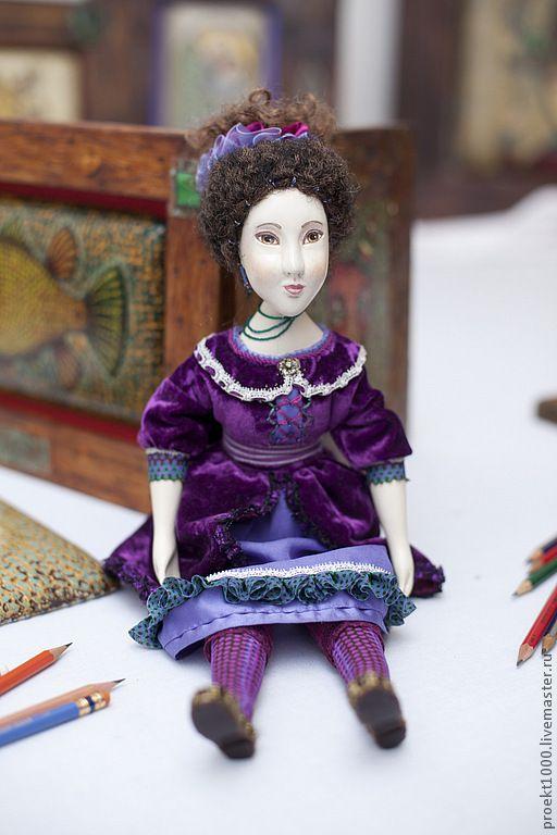 Кончитта - тёмно-фиолетовый, интерьерная кукла, папье-маше, бархат, вискоза