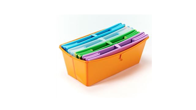 Det er er badekar som du kan bade dit barn/børn i. Karret kan foldes sammen, så det ikke fylder noget, når det ikke er i brug. Måler 66 x 39 x 24 cm, når det er foldet ud.
