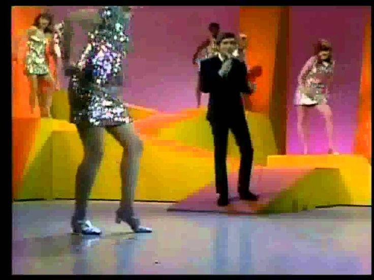 Johnny Rivers - Baby I Need Your Lovin' (with lyrics)