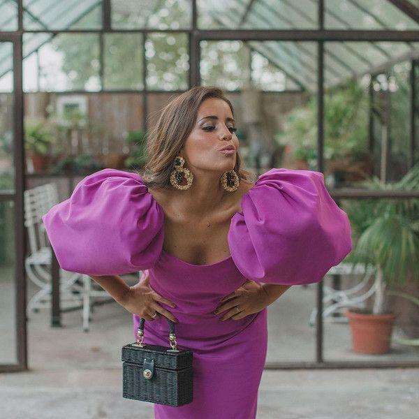 Fashion Dresses Chic fuchsia dress with trendy puff sleeves. Purple Fashion, Boho Fashion, Spring Fashion, Autumn Fashion, Fashion Dresses, Womens Fashion, Fashion Tips, Fashion Design, Fashion Hacks