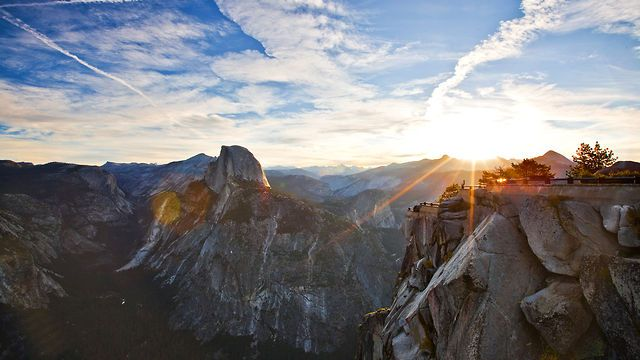 Yosemite HD by Project Yosemite. This video is a collaboration between Sheldon Neill and Colin Delehanty. All timelapses were shot on the Canon 5D Mark II with a variety of Canon L and Zeiss CP.2 Lenses.