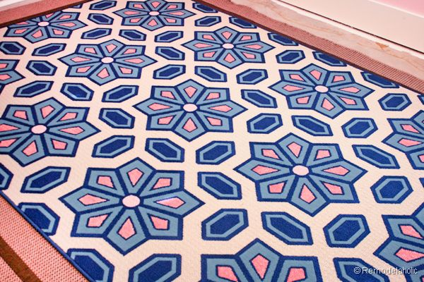 See how I updatde an indoor out door rug. Just by painting a rug, you can make it match your decor easily.