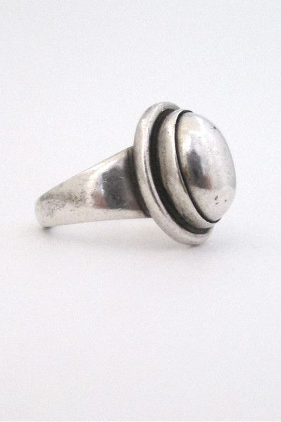 Georg Jensen, Denmark - vintage miodernist silver ring #46B by Harald Nielsen