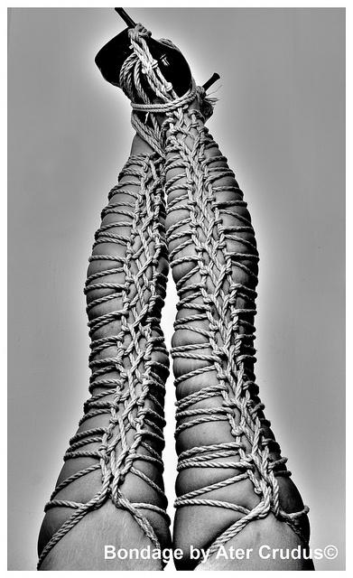 Homemade leg rope bondage — pic 3