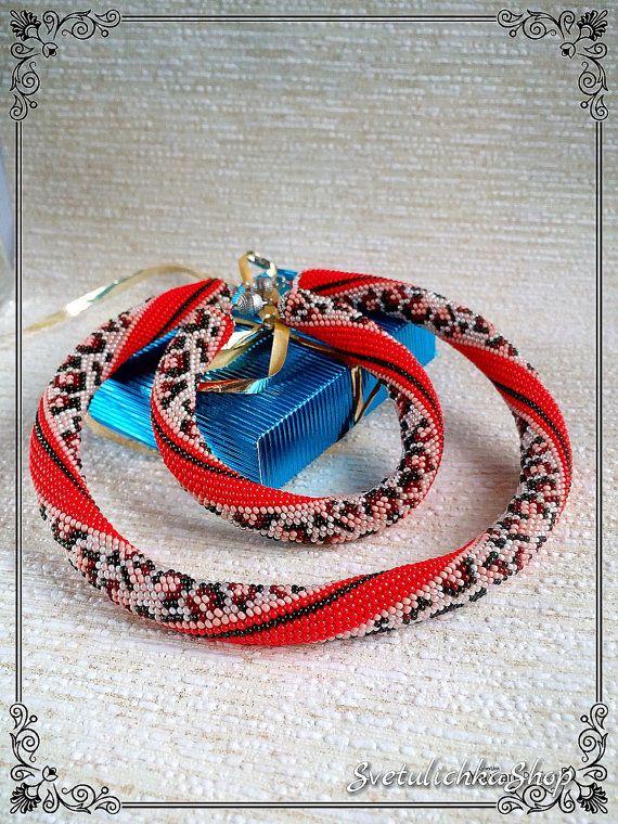 Жгут из бисера вязанный крючком.  Modern necklace / Beadwork choker Gift for Her / Christmas Gift for Women / Girlfriend Gift / Beaded necklace / Bead crochet rope / Statement necklace  Make your images bri... ➡️ http://jto.li/7K4ra