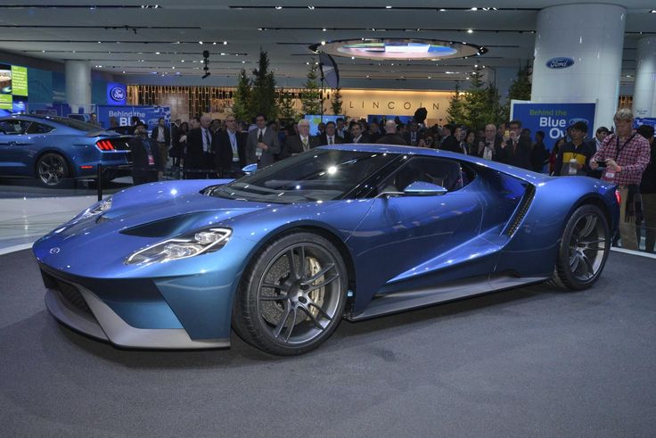 Under the hood, the 2016 Ford GT supercar features Ford's most-powerful turbocharged production engine ever, a 3.5 liter Ford EcoBoost V6. The Ford GT supercar